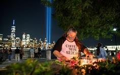 'Tòa tháp đôi' chiếu sáng bầu trời New York tưởng niệm nạn nhân sự kiện 11-9