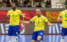 Ngôi sao Ferrao của futsal Brazil đáng sợ như thế nào?