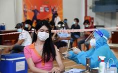 TP.HCM tăng tốc tiêm vét vắc xin ngày cuối trong an toàn, trật tự