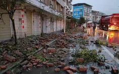 Động đất mạnh làm rung chuyển Tứ Xuyên, ít nhất 2 người chết