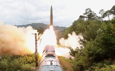 Triều Tiên phát triển hệ thống tên lửa đạn đạo mới, bắn từ xe lửa