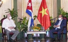 Việt Nam ký hợp đồng mua 10 triệu liều vắc xin của Cuba
