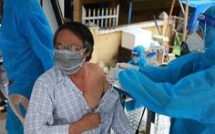 Người dân phản ánh chuyện 'gửi gắm' tiêm vắc xin, chính quyền nói gì?