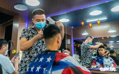 Hà Nội mở lại nhiều dịch vụ từ ngày 21-9, có cắt tóc, gội đầu...