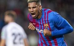 Sao trẻ lập công phút 90 cứu Barca thoát thua trước Granada