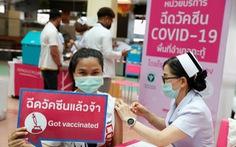 Bangkok chưa vội mở cửa dù 42% dân đã tiêm vắc xin đủ liều, bắt đầu tiêm cho trẻ em