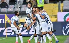 Thắng ngược Fiorentina, Inter Milan lên đầu bảng