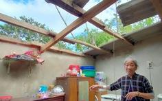 Lốc xoáy ở Quảng Nam làm nhà tốc mái, miền núi xói lở đập tràn