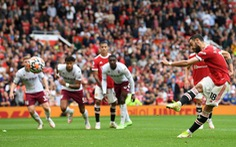Bruno đá phạt đền lên trời, Man Utd thua trận thứ 2 liên tiếp trên sân nhà
