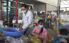 Cuộc thi 'Lan tỏa năng lượng tích cực 2021': 'Biệt đội' thợ sửa xe nấu cơm cho người nghèo mùa dịch