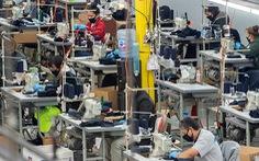 Bang California yêu cầu trả lương tối thiểu 14 USD/giờ cho công nhân may mặc