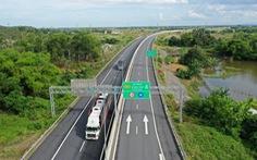 Chính phủ kiến nghị Quốc hội quyết định đầu tư tiếp 729km đường cao tốc Bắc - Nam