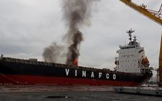 Cháy container trong hầm tàu Morning Vinafco ở cảng Bến Nghé
