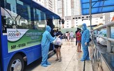 Saigon Co.op dùng xe buýt làm điểm phân phối giao hàng mua chung