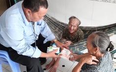 Truy tặng Huân chương Lao động cho hai nhân viên y tế ở TP.HCM