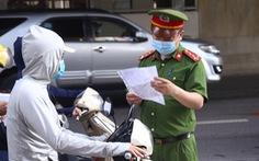 Ngày mai 6-9, Công an Hà Nội bắt đầu kiểm tra giấy đi đường có mã QR
