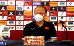 HLV Park Hang Seo: 'Trọng tài đã xem VAR và tôi tuân theo quyết định của trọng tài'