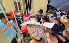 Bí thư Hà Nội chỉ đạo kiểm tra tình trạng chen lấn khi tiêm vắc xin