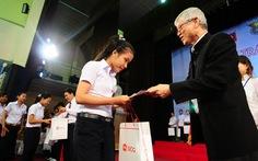 Trao 400 học bổng Chung một ước mơ