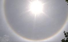 """Lào Cai: Xuất hiện """"quầng mặt trời"""" giữa trưa"""