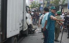Xe tải đâm xe máy chở 4, hai người chết tại chỗ