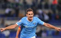 Klose giúp Lazio thắng trận derby thành Rome