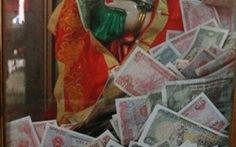 Hạn chế đặt tiền trong lễ hội