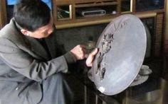 Khay gỗ đựng ấm chén của đại thi hào Nguyễn Du