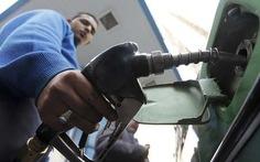Mỹ, Anh tìm cách hạ giá dầu