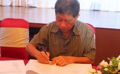 Nguyễn Huy Thiệp ký tác quyền trị giá 500 triệu đồng