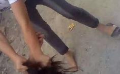 Xác định 2 nữ sinh đánh bạn dã man