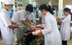 Đâm chết nữ nhân viên massage rồi tự sát