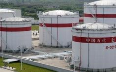 Mỹ miễn trừng phạt Trung Quốc vì giảm nhập dầu Iran