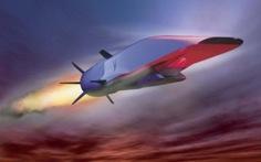 Máy bay siêu thanh nổ tung trên Thái Bình Dương