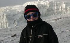 Cậu bé trẻ nhất nước Anh chinh phục Kilimanjaro