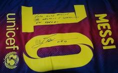 Messi tặng quà đặc biệt cho Gerd Mueller