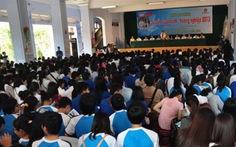 Tư vấn tuyển sinh 2013 ở Huế: băn khoăn khối C