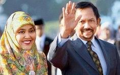 Quốc vương Brunei tự lái chuyên cơ đi gặp Obama