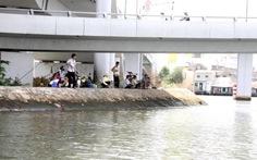 Nỗi lo tận diệt thủy sản trên kênh Nhiêu Lộc - Tàu Hủ
