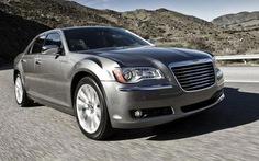 Chrysler thu hồi 260.000 xe
