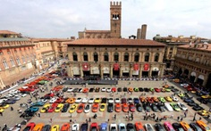 350 siêu Lamborghini toàn cầu hội ngộ và làm tour xuyên Ý