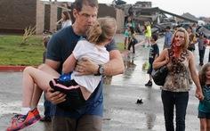Lốc xoáy và bão tiếp tục đe dọa nước Mỹ