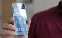Galaxy S4 Mini so cấu hình với các đối thủ
