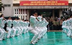Xem lực lượng cảnh vệ phô diễn võ thuật