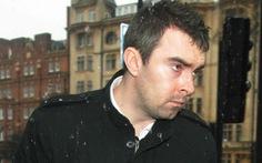 Cảnh sát đi tù vì bán thông tin người nổi tiếng