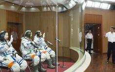 Trung Quốc phóng tàu vũ trụ Thần Châu 10