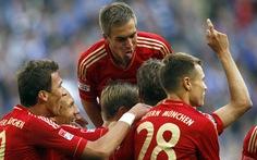 Bayern thẳng tiến, Dortmund ngã ngựa