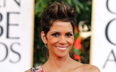"Halle Berry ""chống"" paparazzi bằng luật"