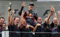 Sebastian Vettel lần thứ ba đăng quang