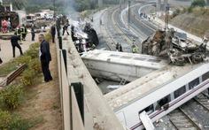 Tạm giữ lái tàu cao tốc trật đường ray